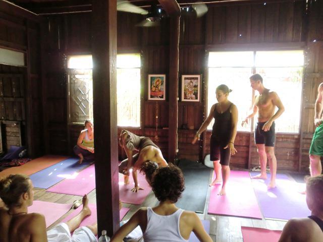 Yoga_practice_3