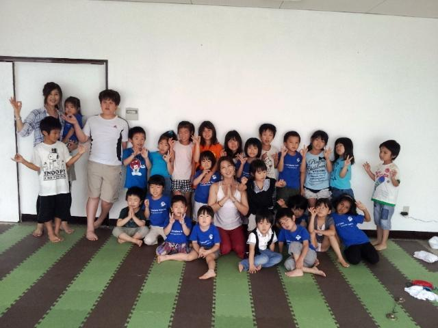 Kids_yoga_23july_2012_4
